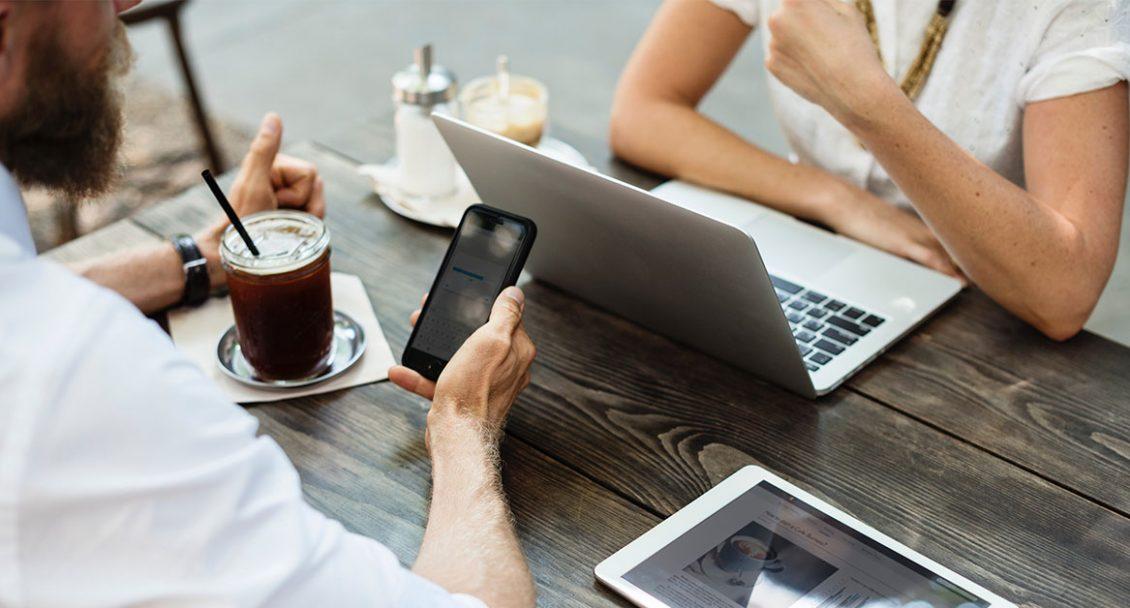 Discussion entourant la publicité en ligne